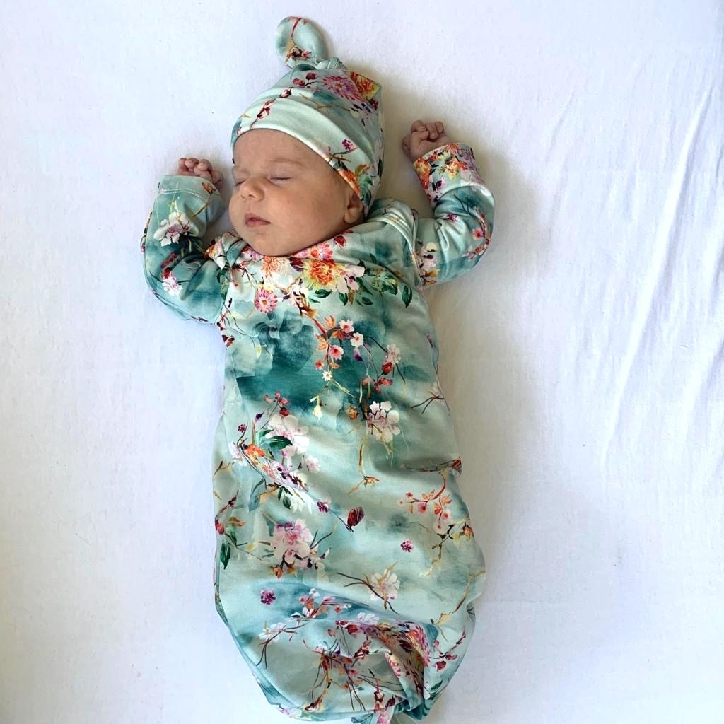 Hanasaka Jiisan blauw  / newborn mutsje knoop / mutsje