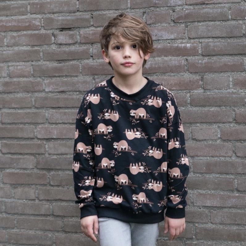 Lazy Luiaard Batwing Sweater in zwart