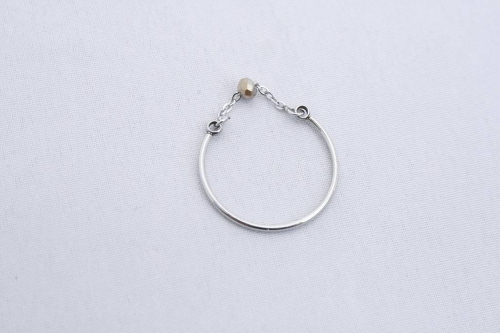 ZAG Bijoux ZAG Bijoux - Ring zilver met grijs los steentje