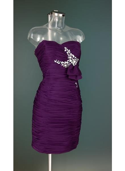 Paarse cocktailjurk