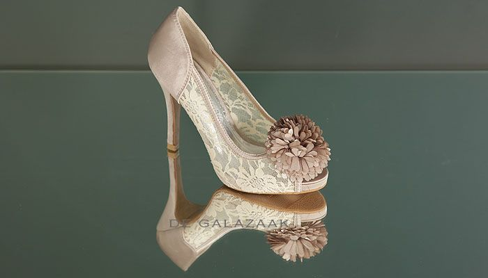 Pumps champagne kant 12329