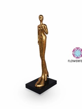 Mia Coppola Giant lady gold