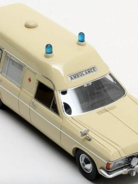 Matrix Opel Admiral Ambulance