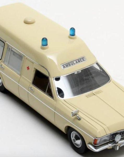 Matrix Opel Admiral Ambulance