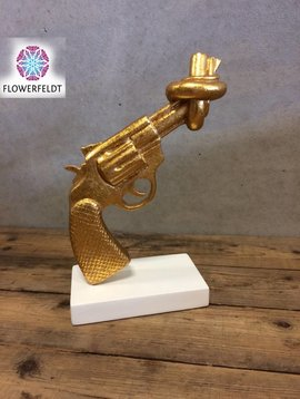 Mia Coppola Golden Gun Peace