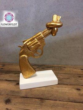 Mia Coppola Golden Gun Peace