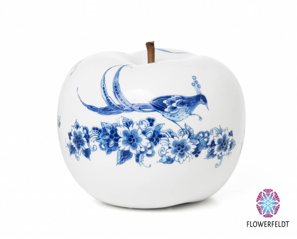 White apple figurine - D29 cm