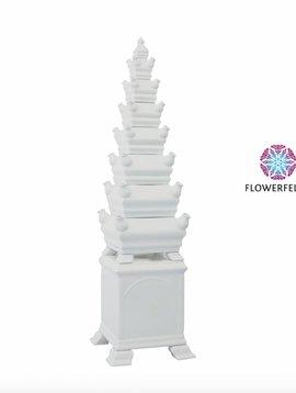 Weiße Vase Pyramide