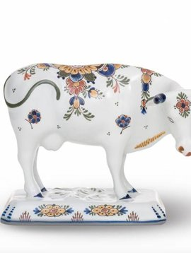 Cow figure porcelain