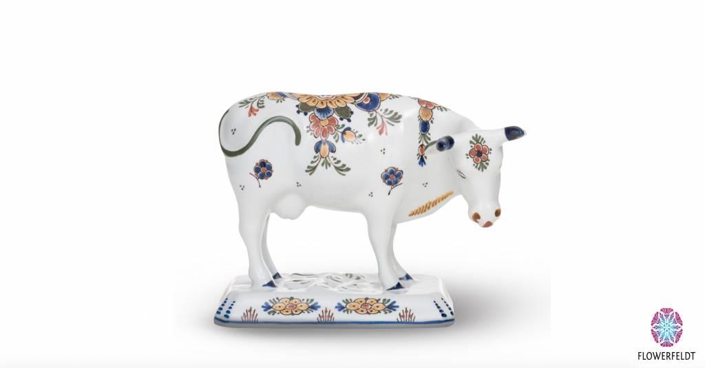 Porcelain cow - H 15,5 cm