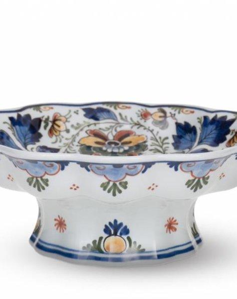 Porcelain bowl on foot - D23 cm