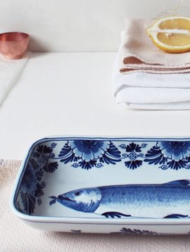 Porcelain fish plate