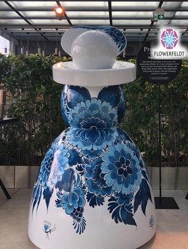 Große Gartenfiguren Mary Flower