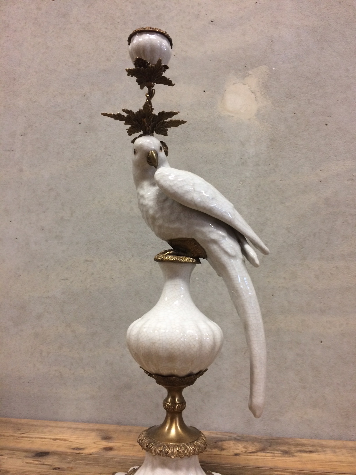 Parrot candle holder white - H48 cm