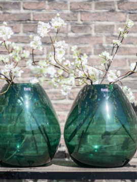 DutZ Green glass vase Druba