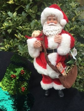 Goodwill Weihnachtsmann Puppe Santa with bag