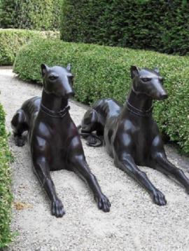 Dog statues Doberman
