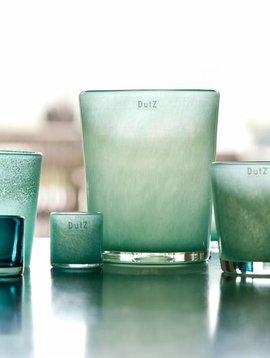 DutZ Conic jade vases