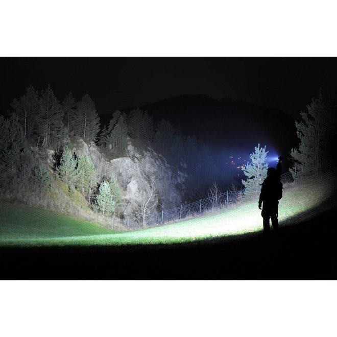 1 + 1 GRATIS  extreem sterke 2000 Lumen LED zaklamp