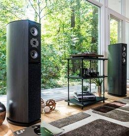 Jamo D590 speakers