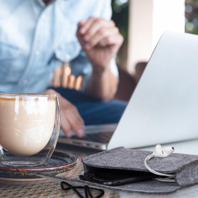 Luxe Vilten Producten- Opbergtasje | Laptophoes | Laptoptas