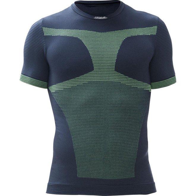 Compressie- en Thermo Ondershirt - Ideaal tijdens sporten   Vormt zich strak tegen je lichaam   Uiterste bewegingsvrijheid