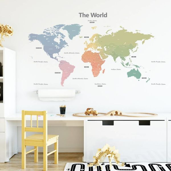 Decowall Decowall muursticker wereldkaart Animal World Map groen - Copy