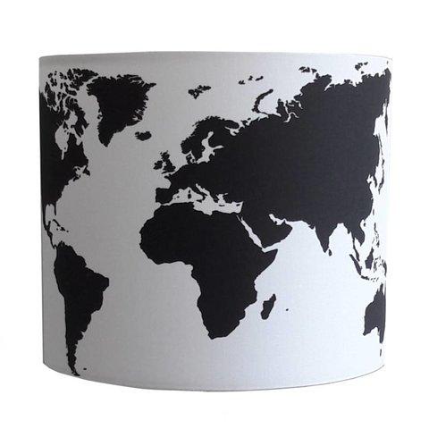 Designed4kids wandlamp wereldkaart zwart wit