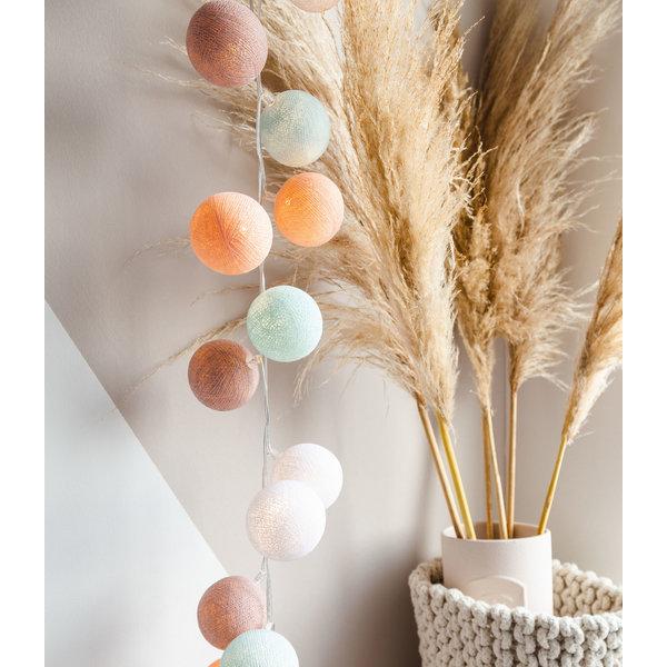 Cotton Ball Lights Cotton ball lights lichtslinger Macaron USB met stekker