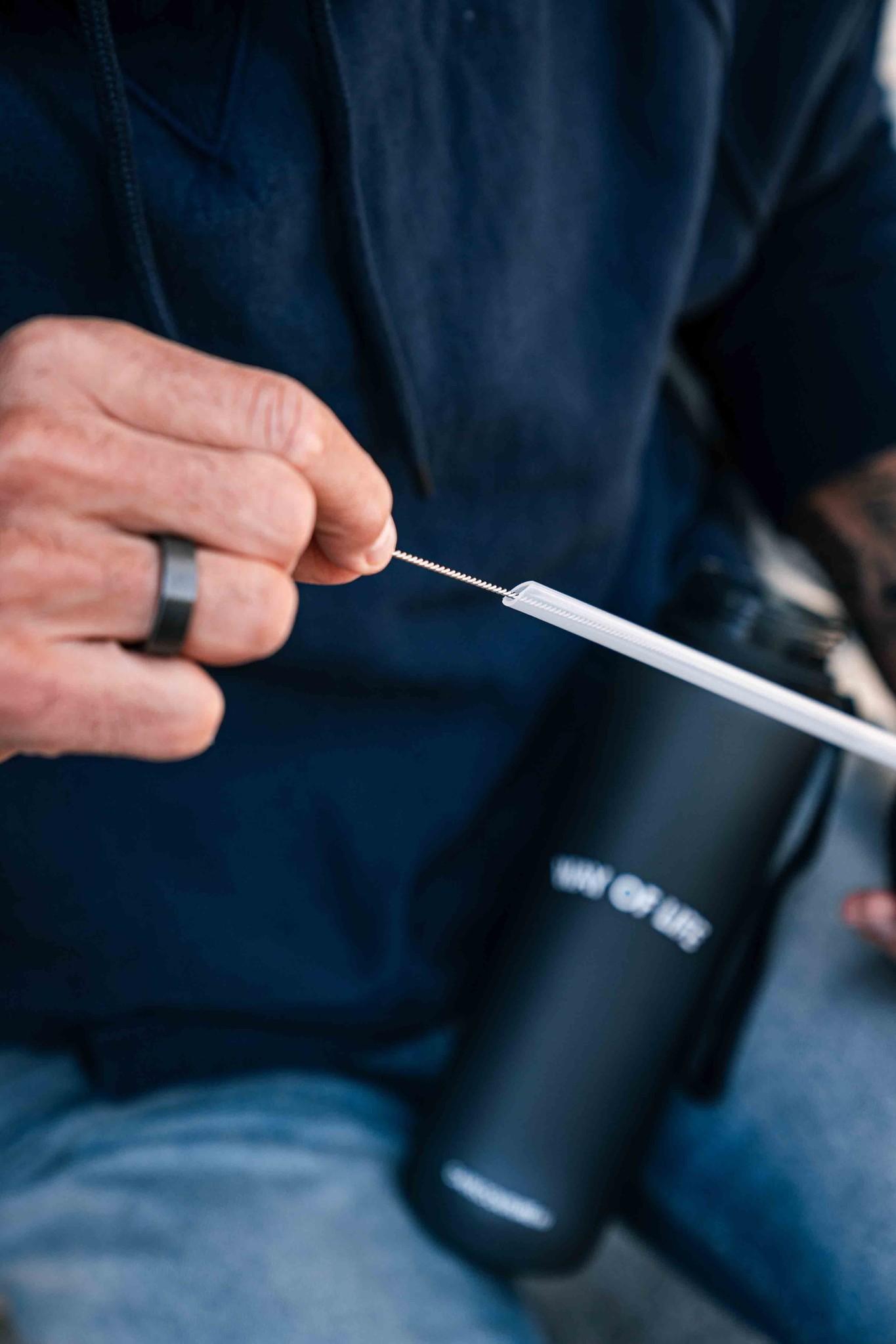 Straw cleaner brush