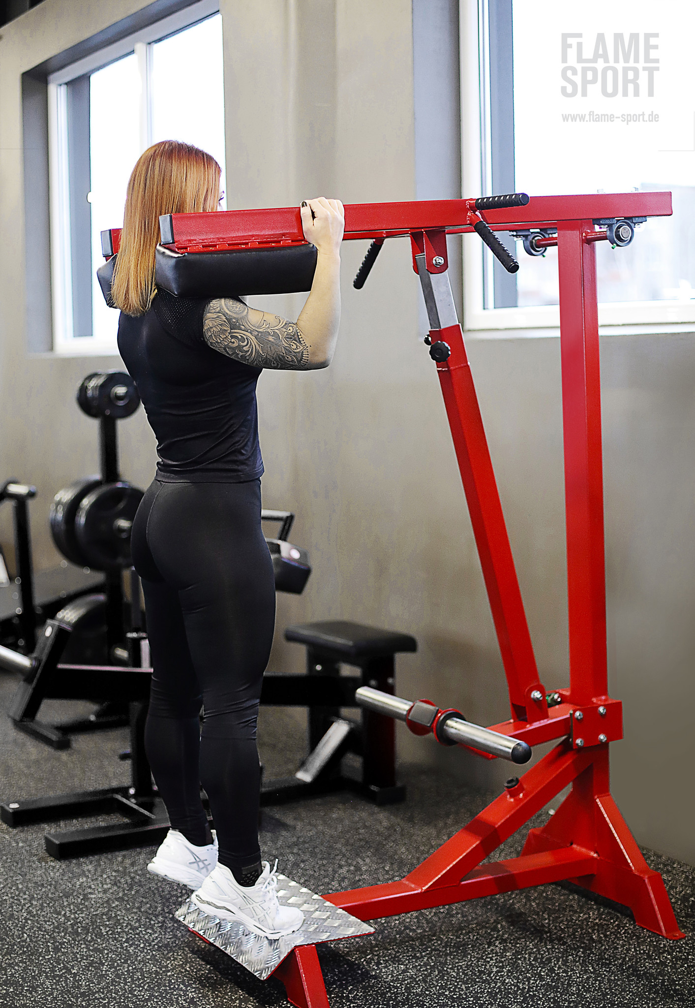 Standing Calf Raise Machine (3o) / Plate loaded