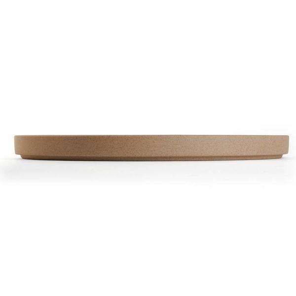 hasami hasami teller Ø 22 cm | sand – design takuhiro shinomoto