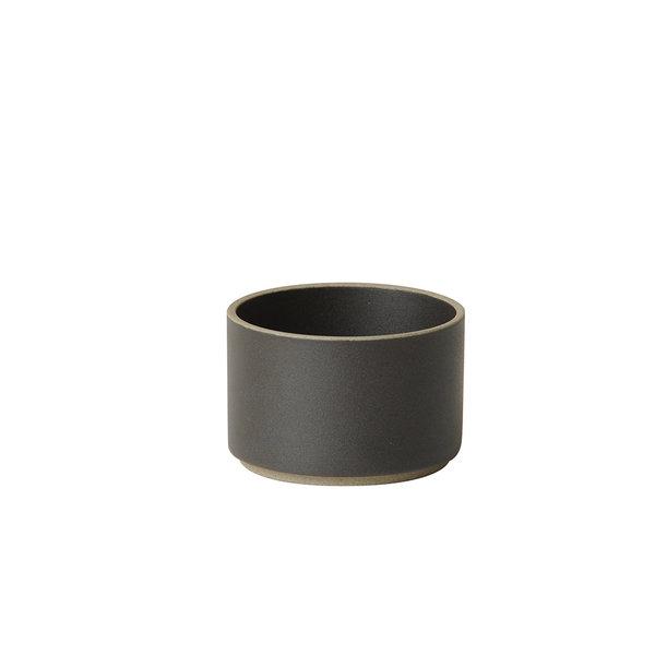 hasami porcelain hasami becher/zylindrische schale | Ø 8,5 cm, h 5,5 cm | mattschwarz glasiert – design takuhiro shinomoto