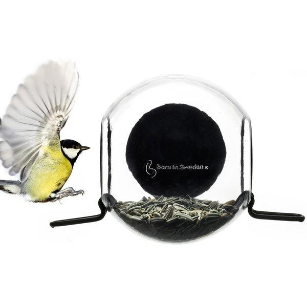 born in sweden birdfeeder vogelfutterhaus - design pascal charmolu
