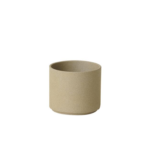 hasami porcelain hasami becher/zylindrische schale | Ø 8,5 cm, h 7,2 cm | sand   – design takuhiro shinomoto