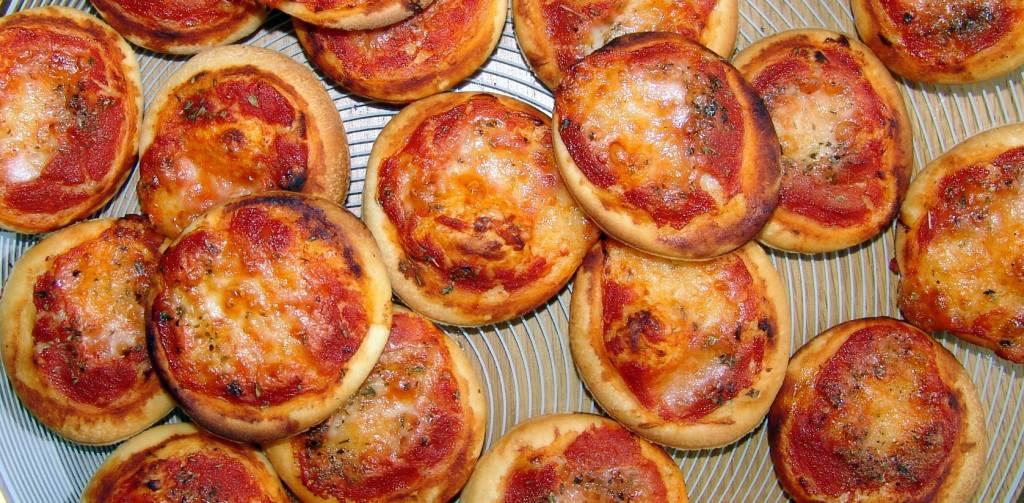 Nieuw: mini-pizzaatjes voor een feestelijke gelegenheid!