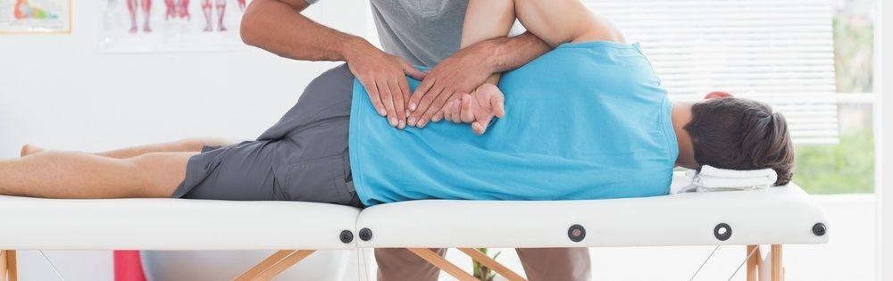 Yoga oefeningen tegen rugpijn.