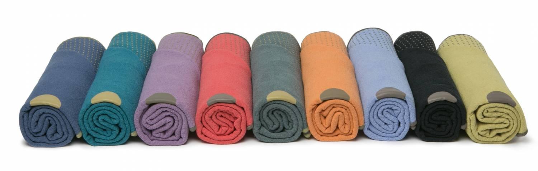Drie redenen om yoga handdoek te gebruiken.