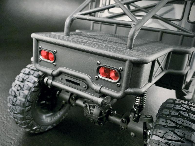 MST CFX-W 1/8 4WD Off-Road KIT / Body: J45C (Toyota Land Cruiser)