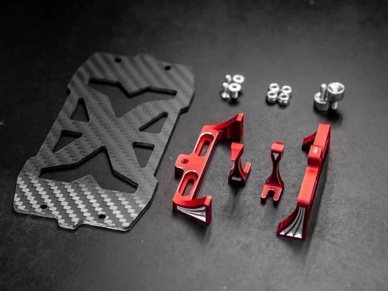 BnD Racing Aluminium Battery Holder / Color: Red