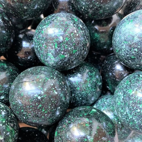 Galaxie - grün 42mm
