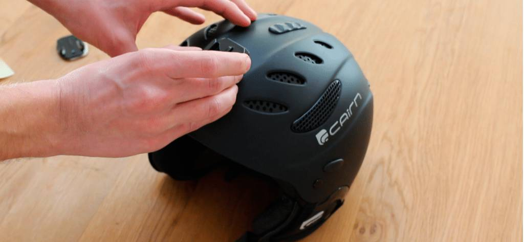 Hoe monteer je een GoPro op je helm?