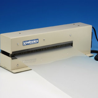 KSE-250I - La perfección en limpieza y neutralización de cargas estáticas