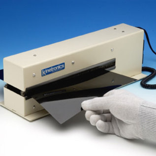 KSE-250I - La perfetta pulizia e neutralizzazione delle cariche elettrostatiche