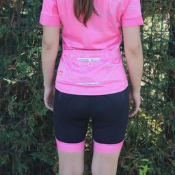 Czarno-różowe spodnie rowerowe na szelkach