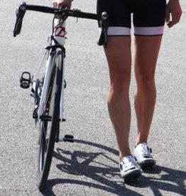 Czarno-białe spodnie rowerowe na szelkach