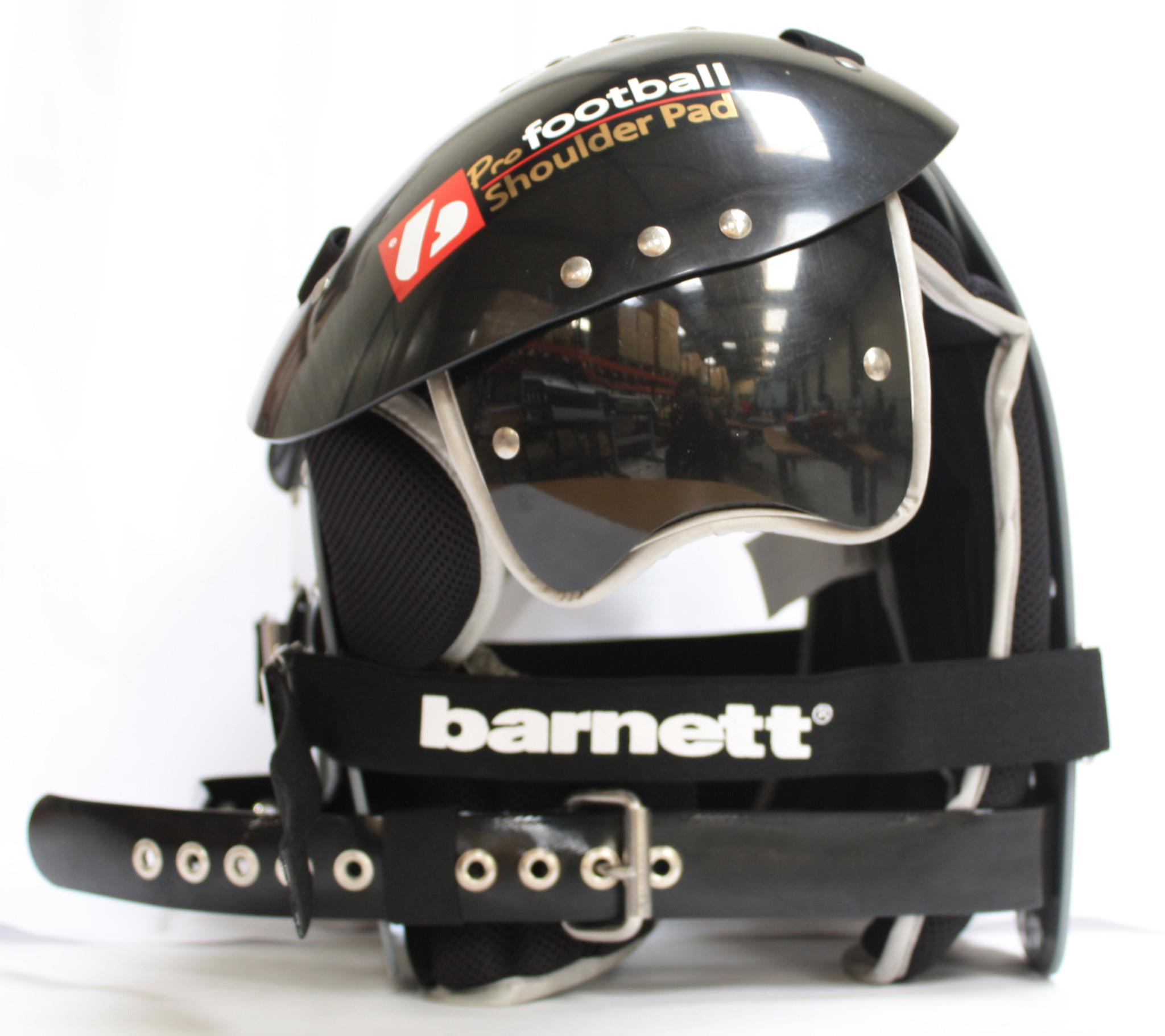 Z-430 III Elite light football shoulder pad, black
