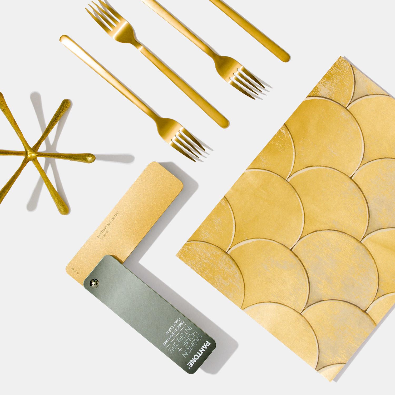 PANTONE PANTONE FHI Metallic Shimmers Color Guide