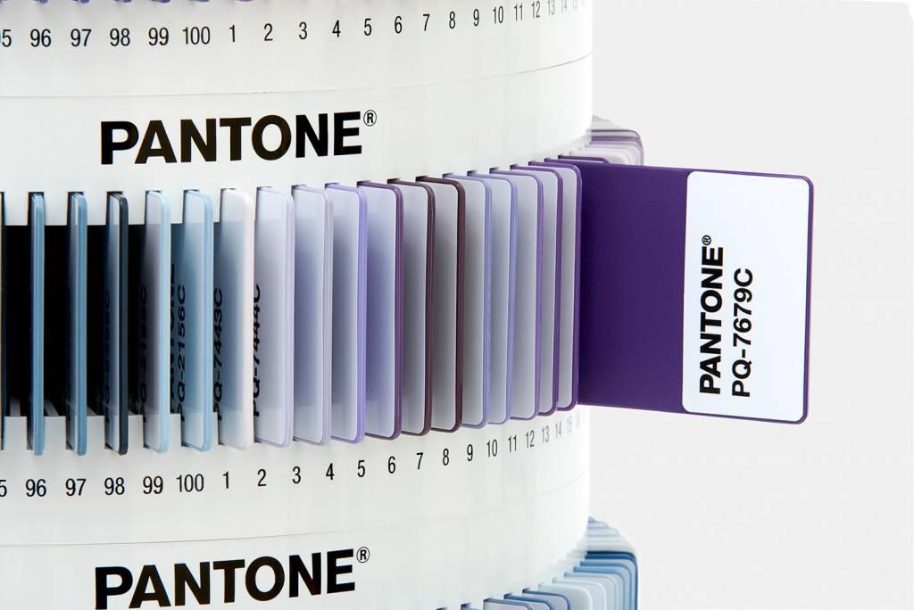 Pantone Pantone Plus Plastic Standard Chips Collection