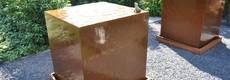 Waterblokken van cortenstaal en aluminium